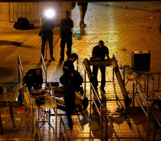 Israel Removes Metal Detectors From Holy Site Entrance