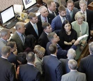 Texas Transgender Bathroom Bill Dies as House Adjourns a Day Early