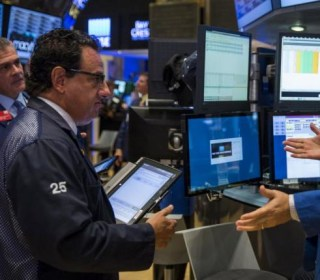 Dow Jones Closes Down 274 Points; Second-Worst Day of Year