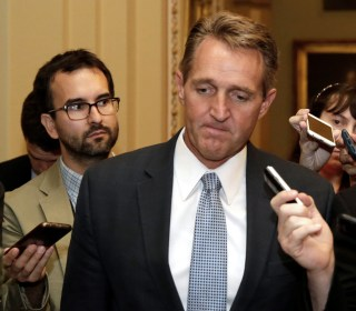 Trump's Visit to Arizona Complicates Jeff Flake's Election Chances