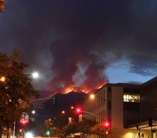 Crews Getting a Grip on Los Angeles' La Tuna Wildfire