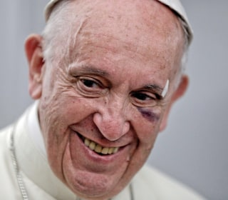 Pope Asks 'Pro-Life' Trump to Rethink DACA Decision