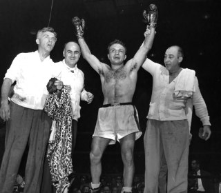 Jake LaMotta, Legendary Boxer Immortalized in 'Raging Bull,' Dies at 95
