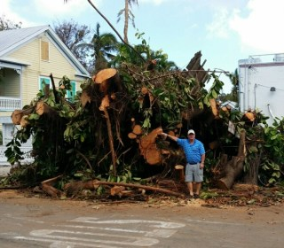 OutFront: Key West Bar Owner's Response to Irma: Free Meals, Twice a Day