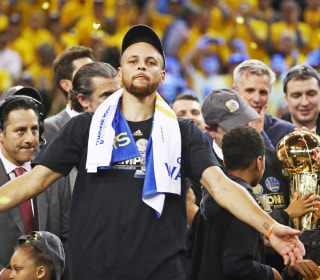 Backlash as Trump Slams NFL Players' Protests, NBA's Stephen Curry