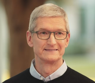 Apple's Tim Cook Says Dividing People a Greater Issue Than Russian Facebook Ads