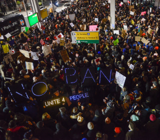 Confusion led agents to violate court orders early in Trump travel ban
