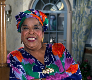 Della Reese, 'Touched by an Angel' star and R&B Singer, dies at 86