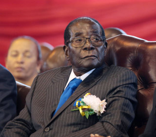 Robert Mugabe, world's oldest leader, finally resigns one week after coup