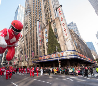 Macy's Thanksgiving Day Parade floats through NYC