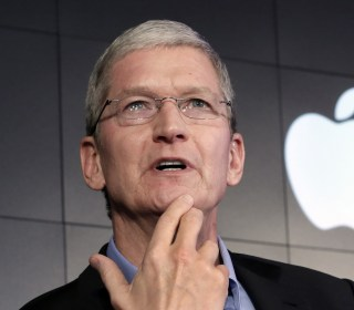 Apple agrees to pay $15.4 billion in back taxes to Ireland — even though the Irish don't want it
