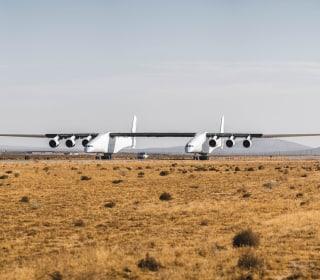 'Stratolaunch' test puts billionaire's giant jet through its paces