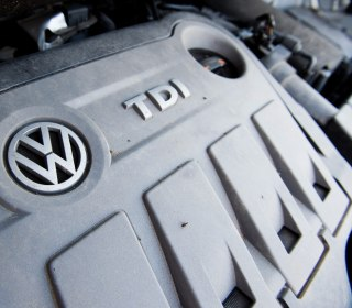 VW exec suspended over use of monkeys in emissions test