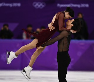 Winter Olympics: Watch Virtue and Moir's gold medal-winning ice dance