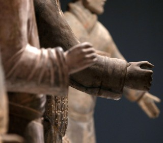 Terra-cotta warrior's thumb broken off, stolen from Philadelphia museum