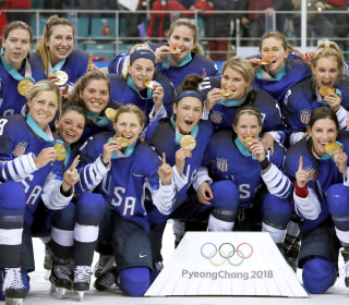 Team USA wins first gold in women's hockey since 1998