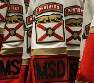 Panthers to honor, support victims of Florida school shooting