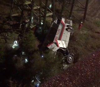 Bus returning from school trip to Disney World crashes into Alabama ravine
