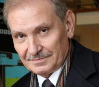 Friend of dead Putin critic was strangled, British police say