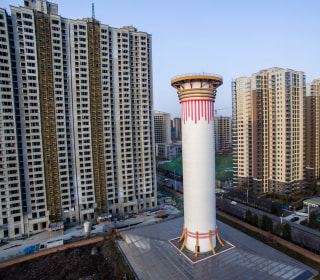 This skyscraper-sized air purifier is the world's tallest