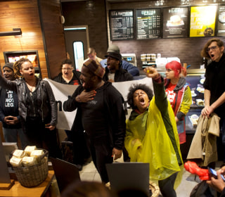 Starbucks CEO meets with two black men arrested in Philadelphia store