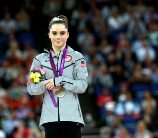 McKayla Maroney says Larry Nassar earned her trust with bread