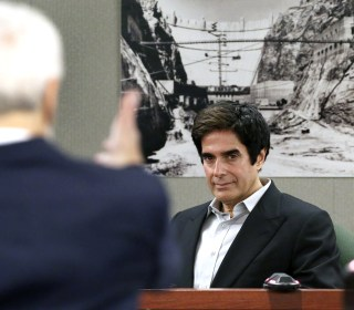David Copperfield testifies that he knew of no injuries in illusion in 20 years