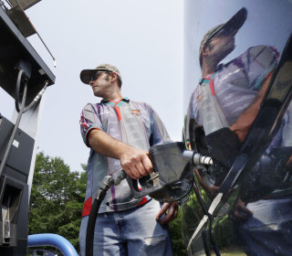Gas will cost drivers $1 billion more this Memorial Day weekend