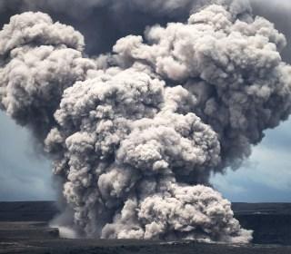 Lava consumes homes as Hawaii's Kilauea volcano erupts