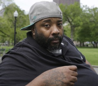 Homeless man jailed for three months after trying to pay Burger King with $10 bill files suit