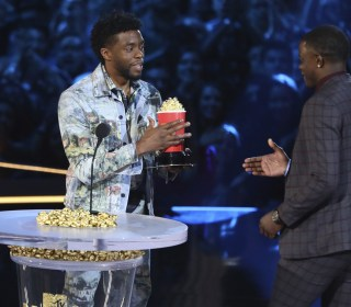 'Black Panther' star Chadwick Boseman honors Waffle House hero at MTV awards