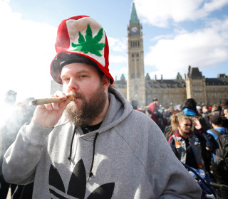 Legal marijuana will roll out differently in Canada than in U.S.