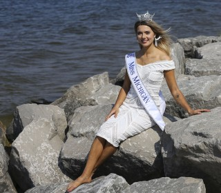 Miss America contestant uses pageant to call out Flint water crisis