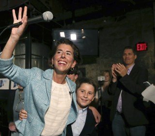 Rhode Island governor easily fends off primary challenge