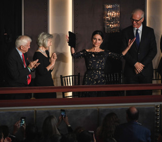 Julia Louis-Dreyfus receives Mark Twain Prize, comedy's top award