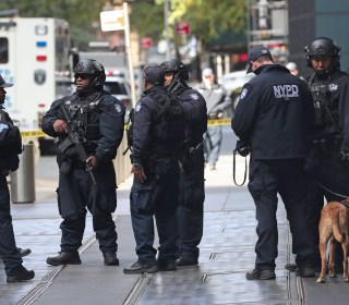 Packages with pipe bombs sent to Clinton, Obama, CNN; another package investigated in L.A.