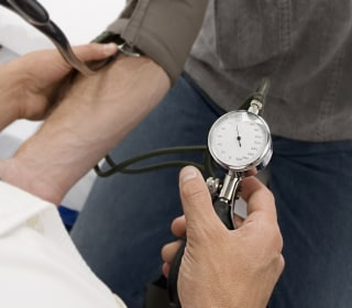 High blood pressure before age 40 linked to earlier strokes, heart disease