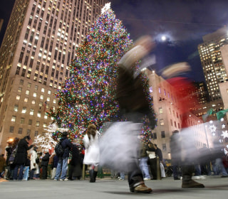 Holiday shopping set to surpass $1 trillion