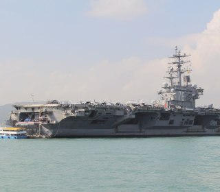 USS Ronald Reagan docks in Hong Kong amid military tensions