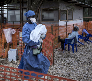 Ebola spreads to major Congo city amid worries over vaccine supply