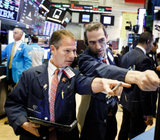 Dow recovers after 500-point fall on Brexit uncertainty, intensified fears on trade