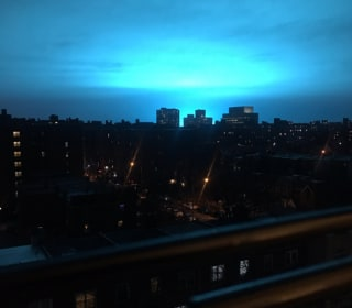 WATCH: See the eerie blue light that lit up NYC night sky after transformer explosion