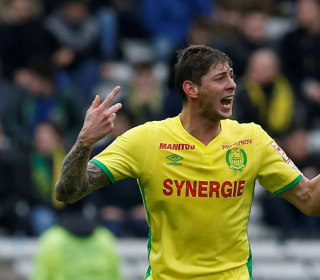 Emiliano Sala missing after Cardiff-bound plane vanishes off Guernsey