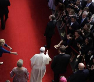 In Panama, Pope Francis slams corruption as he prays for Venezuelans