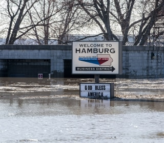Flooding that's been tormenting Midwest will only get worse this spring, forecasters warn