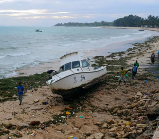 Mozambique hit by Cyclone Kenneth in aftermath of deadly Idai