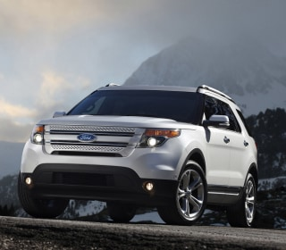 Ford recalls 1.3M vehicles for suspension, transmission problems