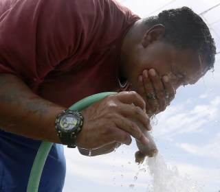 Heat wave expected to bake two-thirds of nation through weekend