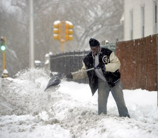 Winter weather blamed for seven deaths heads for the Northeast