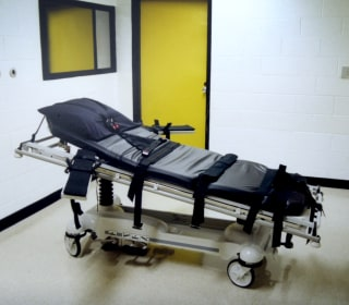 Justice Department asks Supreme Court to lift hold on federal executions